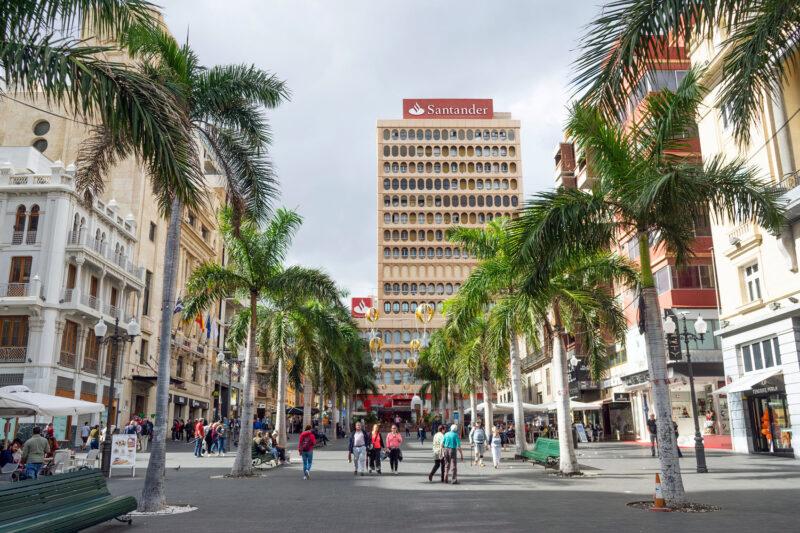 Read more about the article Plaza de España und die Altstadt von Santa Cruz
